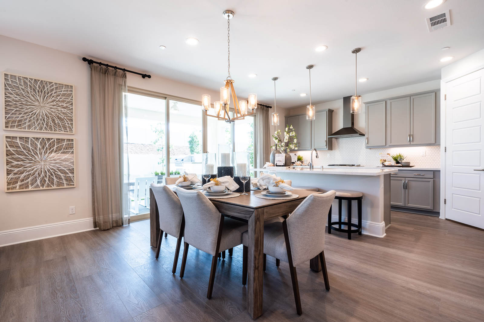 Dining Room in Felicity at Canvas at Sommers Bend